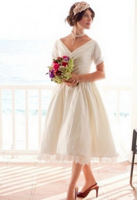 anni 50 stile bon ton middot; Modello da sposa vintage bon ton …