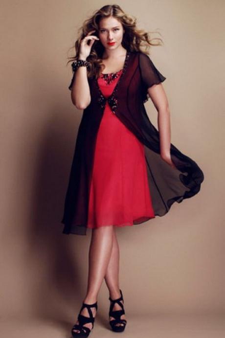 Nel nostro negozio di abbigliamento taglie forti, Erba Voglio di Seregno, potrete trovare un vasto assortimento di abbigliamento uomo e donna nelle taglie dalla 42 alla 61 delle migliori marche, con linee di moda sempre nuove.