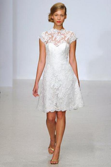 Abito da sposa con fiori. Semplice e raffinato abito da sposa Pepe ...