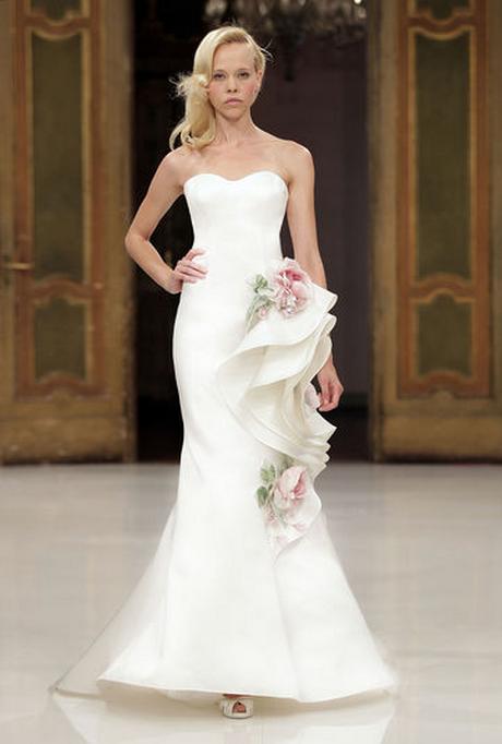 Abiti da sposa per il matrimonio civile dalle collezioni 2012