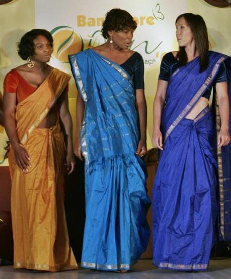 Abiti indiani for Vestito tradizionale giapponese femminile
