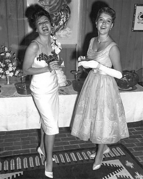 Moda degli anni 50 for Accessori moda anni 50