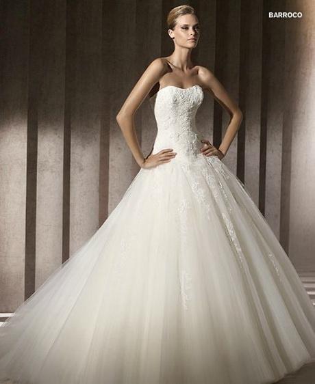 abito da sposa Pronovias mod. Barroco coll. Glamour 2012
