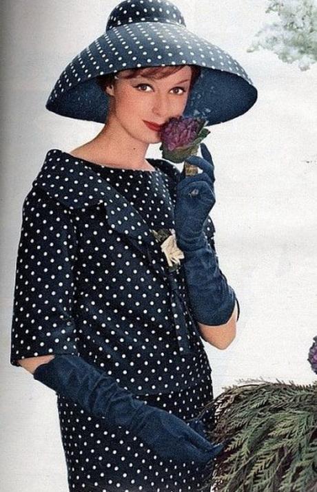 Vestiti anni cinquanta for Accessori moda anni 50
