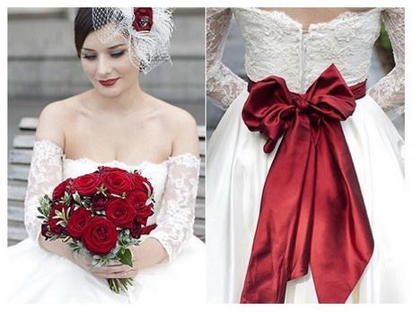 Vestiti da sposa bianchi e rossi for Vestiti etnici