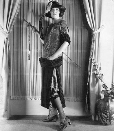 Abiti femminili anni 20 for Storia della moda anni 50
